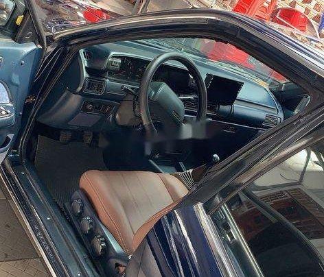 Bán Toyota Camry năm sản xuất 1986, màu xanh lam, nhập khẩu nguyên chiếc2