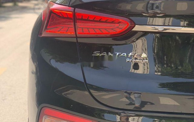 Cần bán lại xe Hyundai Santa Fe 2.4 Preminium đời 2020, màu đen  11