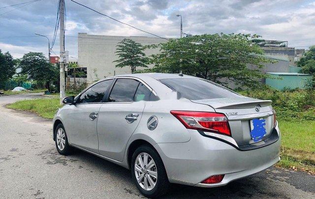 Bán Toyota Vios sản xuất năm 2015, màu bạc số tự động4