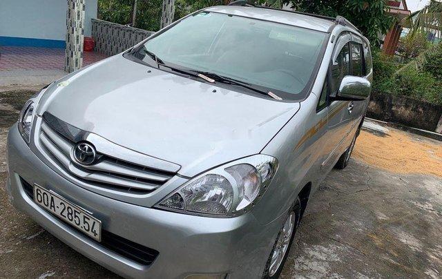 Bán Toyota Innova G 2009, màu bạc xe gia đình, 289tr7
