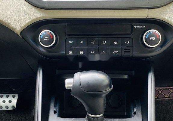 Bán xe Kia Rondo năm sản xuất 2018, màu trắng như mới8