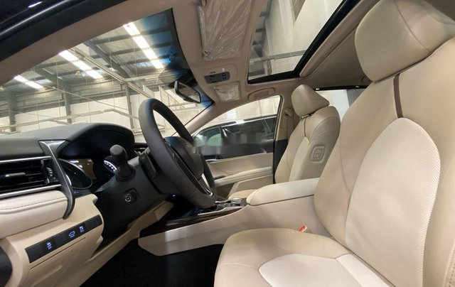 Bán Toyota Camry năm sản xuất 2020, màu đen, nhập khẩu nguyên chiếc1