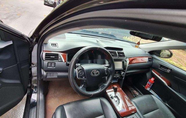 Bán ô tô Toyota Camry 2.5Q đời 2014, màu đen, chính chủ, 745tr6