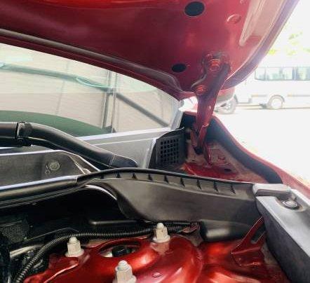 Bán gấp với giá thấp chiếc Mazda 5 năm sản xuất 2017, màu đỏ, giá tốt7