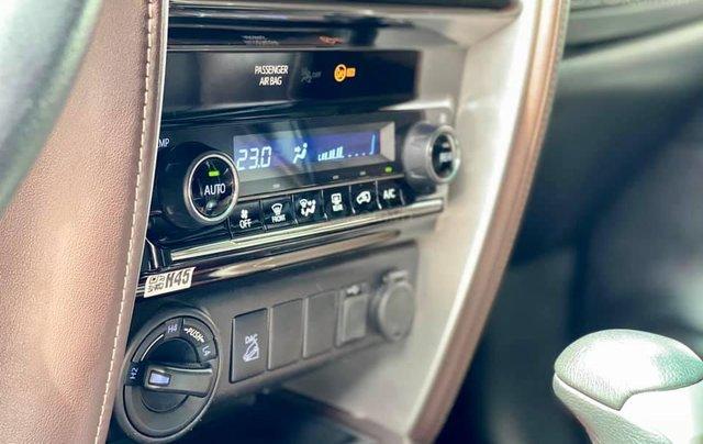 Hỗ trợ mua xe trả góp lãi suất thấp với chiếc Toyota Fortuner đời 2019, xe còn mới8