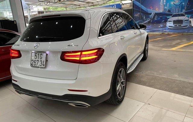 Mercedes-Benz GLC 300 model 2017 màu trắng2