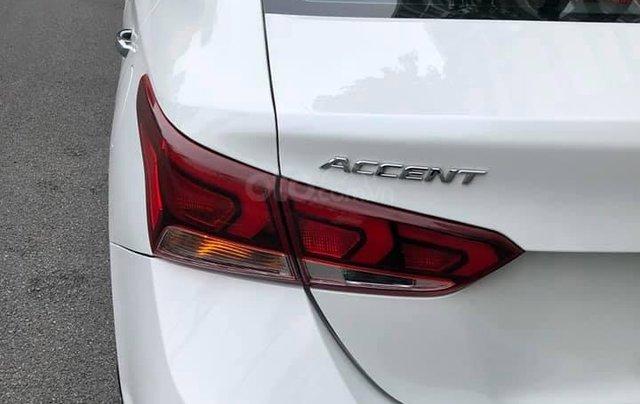 Bán xe giá thấp chiếc Hyundai Accent AT đời 2019, xe giá thấp, còn mới, động cơ ổn định3