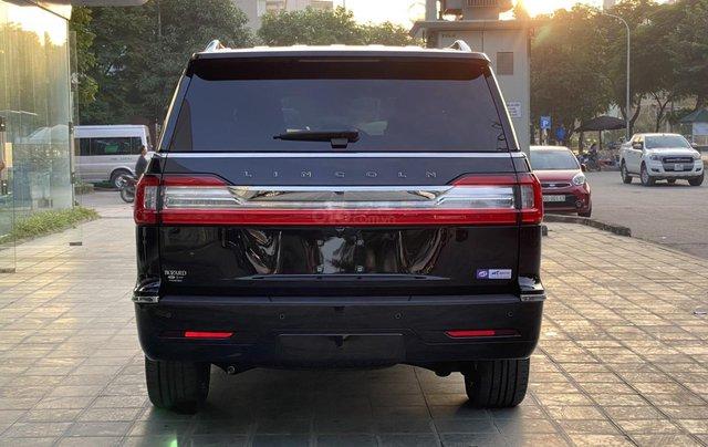 Bán xe Lincoln Navigator L Black Label sản xuất 2020, màu đen, nhập khẩu Mỹ3