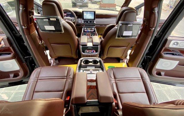 Bán xe Lincoln Navigator L Black Label sản xuất 2020, màu đen, nhập khẩu Mỹ8