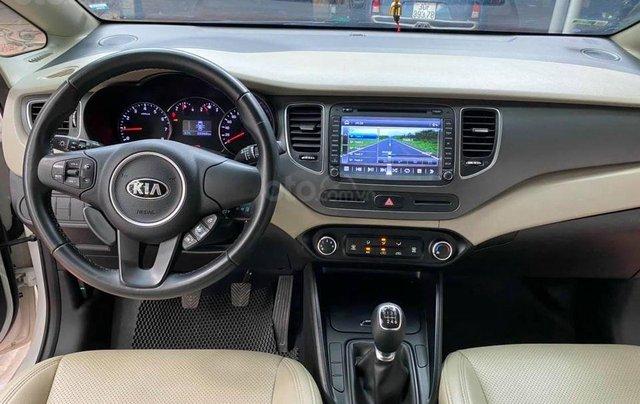 Kia Rondo 2.0MT, sản xuất 2018, màu trắng3
