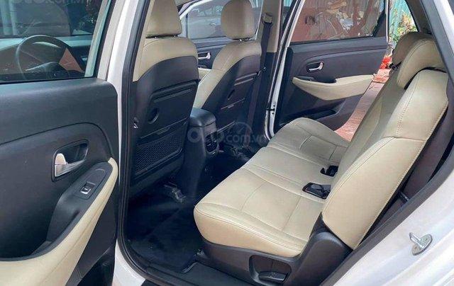 Kia Rondo 2.0MT, sản xuất 2018, màu trắng4