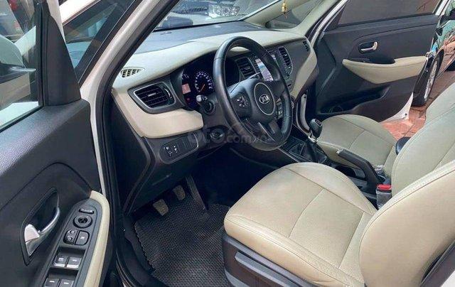 Kia Rondo 2.0MT, sản xuất 2018, màu trắng2