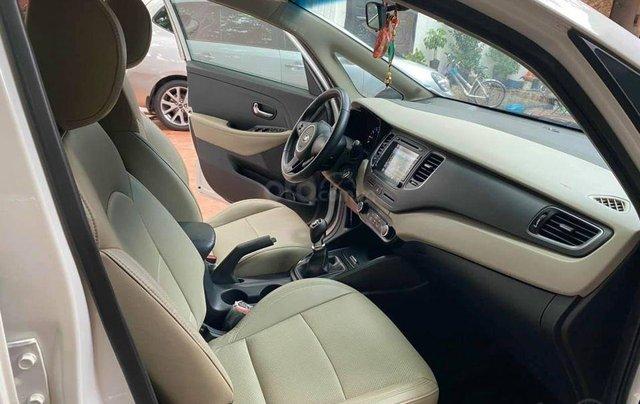 Kia Rondo 2.0MT, sản xuất 2018, màu trắng6