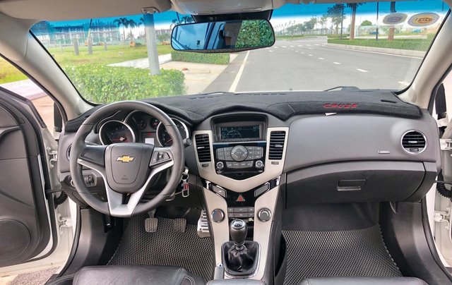Chevrolet Cruze LT 2017, xe đi chuẩn 19.000km12