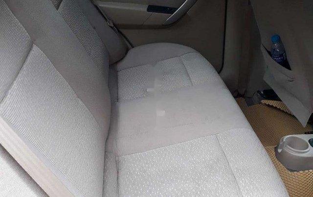 Xe Daewoo Gentra sản xuất 2009 còn mới7