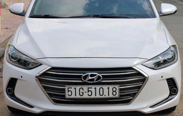 Bán xe Hyundai Elantra GLS 2.0L, màu trắng0