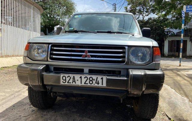 Cần bán lại chiếc Mitsubishi Pajero i4 2.4 đời 2000, giá thấp, xe hoạt động tốt4
