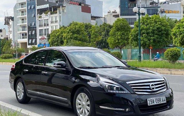 Bán gấp chiếc Nissan Teana 2.0, số tự động, đời 2011, xe chính chủ giá mềm2