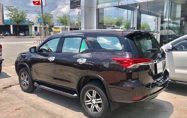 Bán Toyota Fortuner 2.7V SX 2018, số tự động, máy xăng5