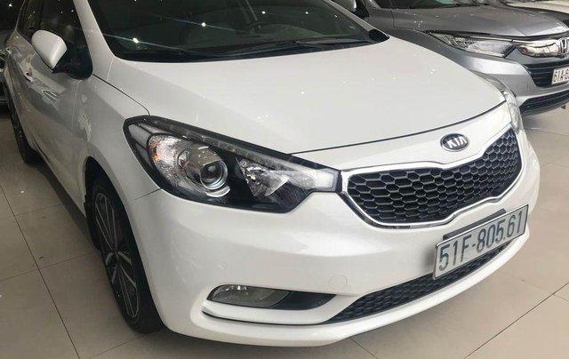 Kia K3 sản xuất 2016, màu trắng, có cửa sổ trời3