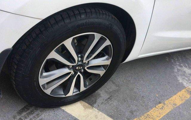 Cần bán xe Kia Sedona SX 2017, máy xăng, màu trắng3