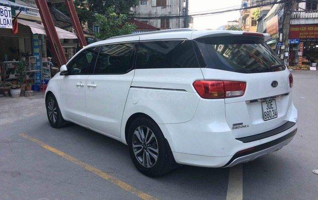 Cần bán xe Kia Sedona SX 2017, máy xăng, màu trắng1