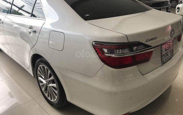 Bán xe Camry 2.5 Q sản xuất 2018, màu trắng1