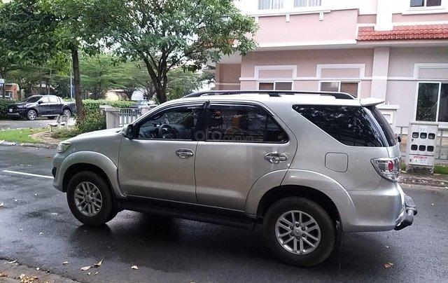 Chính chủ bán xe Toyota Fortuner sản xuất 2014, màu bạc, xe như mới, gia đình đi ít2