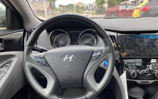 Cần bán gấp với giá thấp chiếc Kia Sonata 2.0AT sản xuất 2010, xe giá thấp, động cơ ổn định6