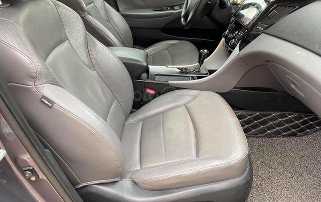 Cần bán gấp với giá thấp chiếc Kia Sonata 2.0AT sản xuất 2010, xe giá thấp, động cơ ổn định8