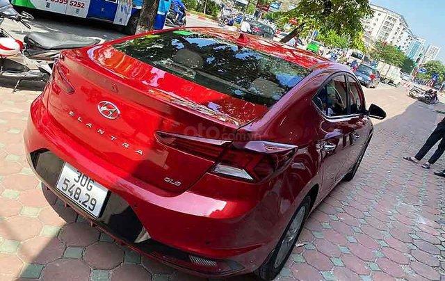 Cần bán Hyundai Elantra sản xuất năm 2019, màu đỏ còn mới, 629 triệu1