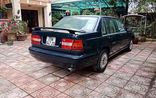 Cần bán xe Volvo 940 năm sản xuất 1994, màu đen, nhập khẩu nguyên chiếc xe gia đình, giá tốt4