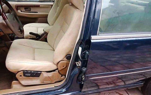 Cần bán xe Volvo 940 năm sản xuất 1994, màu đen, nhập khẩu nguyên chiếc xe gia đình, giá tốt3