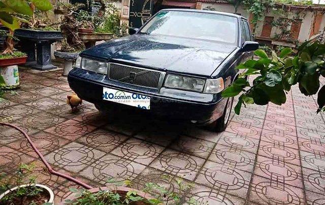 Cần bán xe Volvo 940 năm sản xuất 1994, màu đen, nhập khẩu nguyên chiếc xe gia đình, giá tốt1