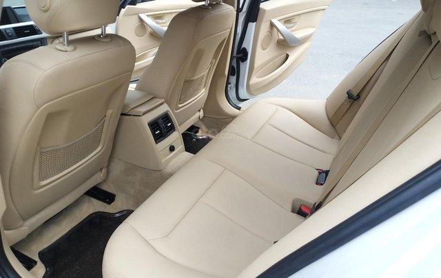 BMW 320i model 2014, một đời chủ. Cực mới, xe nhà trùm mền không chạy bởi vậy còn mới lắm, toàn bộ còn zin theo xe9