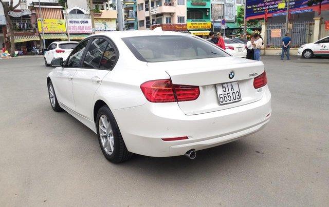 BMW 320i model 2014, một đời chủ. Cực mới, xe nhà trùm mền không chạy bởi vậy còn mới lắm, toàn bộ còn zin theo xe3