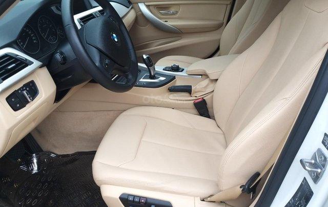 BMW 320i model 2014, một đời chủ. Cực mới, xe nhà trùm mền không chạy bởi vậy còn mới lắm, toàn bộ còn zin theo xe11