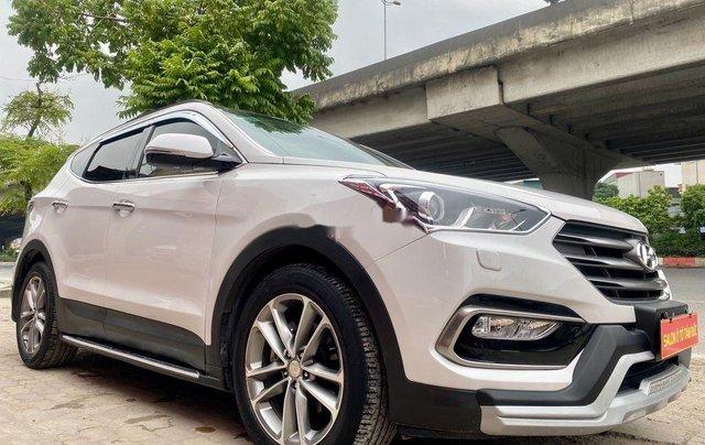 Bán Hyundai Santa Fe năm sản xuất 2018, màu trắng, giá tốt2