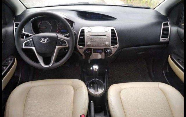 Cần bán Hyundai i20 đời 2011, màu bạc, nhập khẩu4