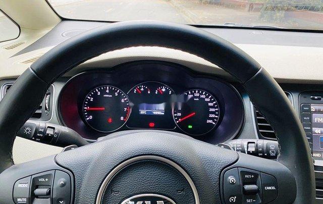 Bán xe Kia Rondo năm sản xuất 2018, màu trắng như mới10