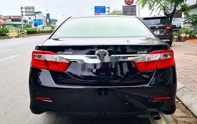 Cần bán Toyota Camry 2.5Q đời 2014, màu đen6