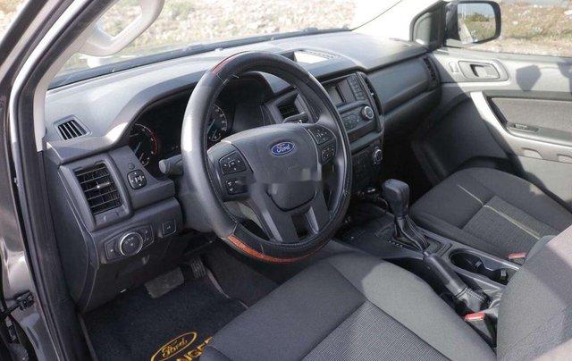 Bán Ford Ranger XLS AT sản xuất 2019, màu xám, xe nhập, siêu lướt6