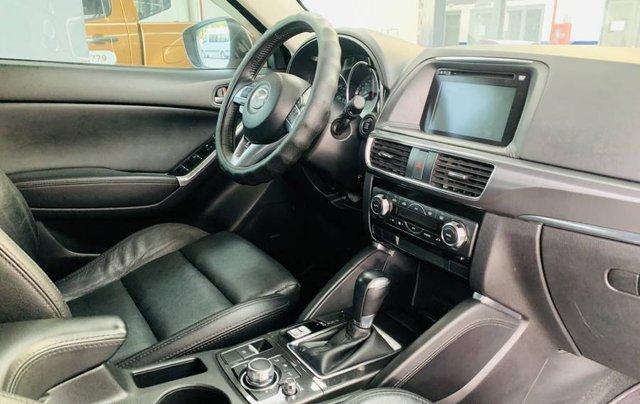 Bán gấp với giá thấp chiếc Mazda 5 năm sản xuất 2017, màu đỏ, giá tốt8