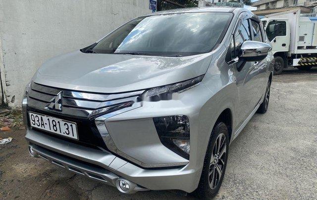 Bán xe Mitsubishi Xpander 2019, màu bạc, xe gia đình3