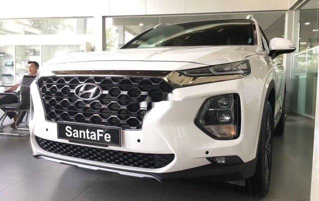Cần bán xe Hyundai Santa Fe năm 2020, màu trắng0