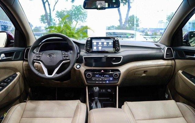 Bán xe Hyundai Tucson sản xuất năm 2020, màu đen, 850tr4