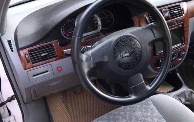 Cần bán Chevrolet Lacetti đời 2012, màu trắng ít sử dụng3