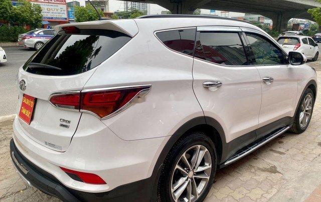 Bán Hyundai Santa Fe năm sản xuất 2018, màu trắng, giá tốt3