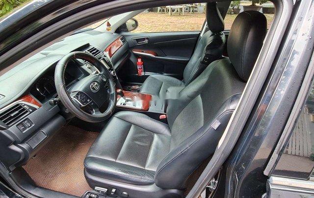 Bán ô tô Toyota Camry 2.5Q đời 2014, màu đen, chính chủ, 745tr7