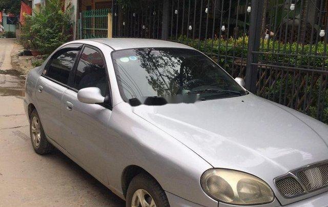 Cần bán xe Daewoo Lanos 2003, màu bạc xe gia đình0